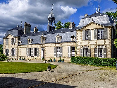 6 bedroom French chateau for sale, St Germain Du Corbeis, Orne, Lower Normandy