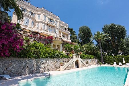 2 bedroom apartment for sale, Croix Des Gardes, Cannes, Cote d'Azur French Riviera