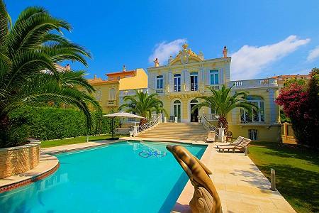 6 bedroom villa for sale, Centre, Cannes, Cote d'Azur French Riviera