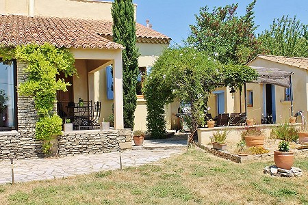 5 bedroom villa for sale, Uzes, Gard, Languedoc-Roussillon