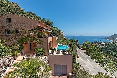 4 bedroom villa for sale, Theoule Sur Mer, Cannes, Cote d'Azur French Riviera