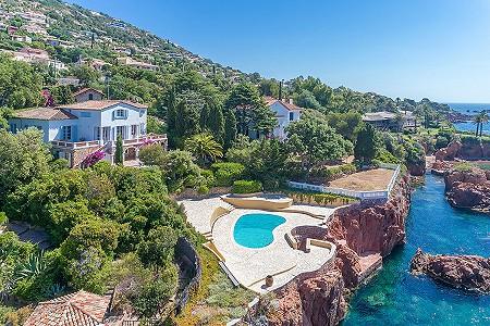 6 bedroom villa for sale, Antheor, St Raphael, Cote d'Azur French Riviera