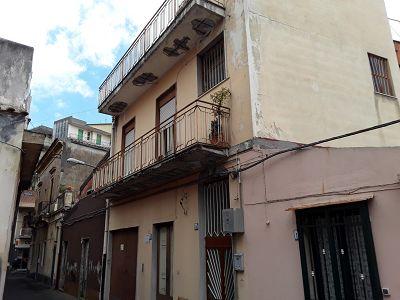 11 bedroom townhouse for sale, Aci Catena, Catania, Sicily