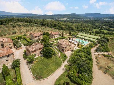 Prestigious Estate with a total of 80 bedrooms for sale, located in Bucine, Arezzo