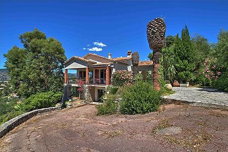 4 bedroom house for sale, Croix des Gardes, Cannes, Cote d'Azur French Riviera