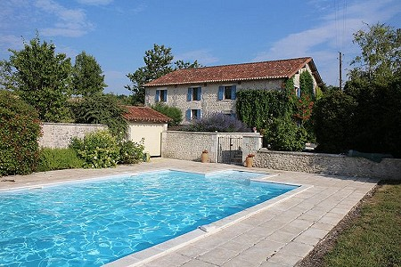 4 bedroom farmhouse for sale, Verteillac, Dordogne, Aquitaine