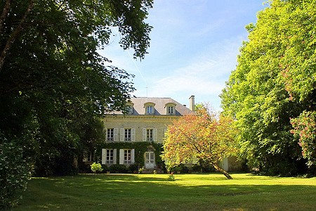 Image 1 | 7 bedroom French chateau for sale, Niort, Deux-Sevres, Poitou-Charentes 201146