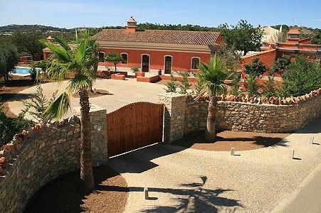 5 bedroom villa for sale, Sao Bras De Alportel, Faro, Algarve