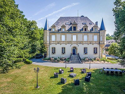 46 bedroom French chateau for sale, Montignac, Dordogne, Aquitaine