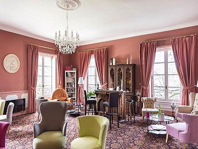Image 3 | 46 bedroom French chateau for sale, Montignac, Dordogne, Aquitaine 201191