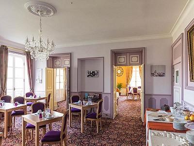 Image 6 | 46 bedroom French chateau for sale, Montignac, Dordogne, Aquitaine 201191