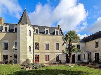 Image 1 | 9 bedroom French chateau for sale, Montreuil Bellay, Maine-et-Loire, Pays-de-la-Loire 201192