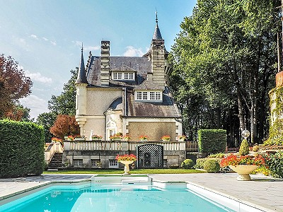 Image 1 | Stunning XVIIIth century chateau plus gite for sale with 7 bedrooms and pool 201198
