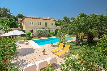 5 bedroom villa for sale, Gassin, St Tropez, Cote d'Azur French Riviera