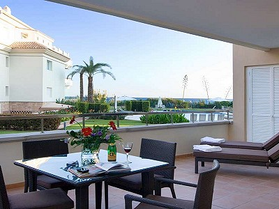 2 bedroom apartment for sale, Guadalmansa Playa, Estepona, Malaga Costa del Sol, Andalucia