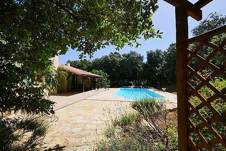 2 bedroom villa for sale, Uzes, Gard, Languedoc-Roussillon
