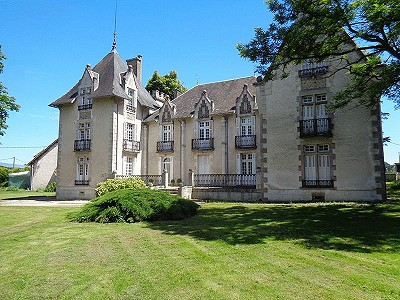 8 bedroom French chateau for sale, La Trimouille, Vienne, Poitou-Charentes