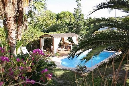 Image 2 | 3 bedroom villa for sale with 952m2 of land, Santa Ponsa, South Western Mallorca, Mallorca 201582