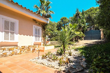 Image 9 | 3 bedroom villa for sale with 952m2 of land, Santa Ponsa, South Western Mallorca, Mallorca 201582