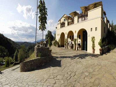 Delightful 13 bedroom B & B business for sale in Tuscany in 60 hectares of land with Vineyard and Pool.
