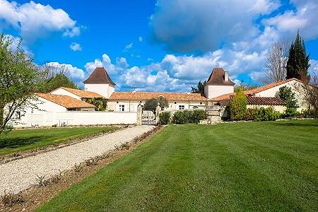 7 bedroom manor house for sale, Villeneuve sur Lot, Lot-et-Garonne, Aquitaine