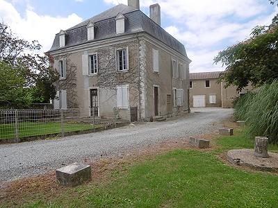 6 bedroom manor house for sale, Salies de Bearn, Pyrenees-Atlantique, Aquitaine