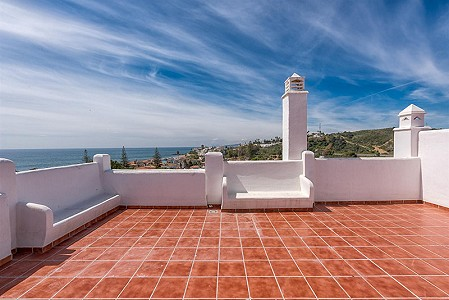 2 bedroom apartment for sale, Estepona, Malaga Costa del Sol, Andalucia