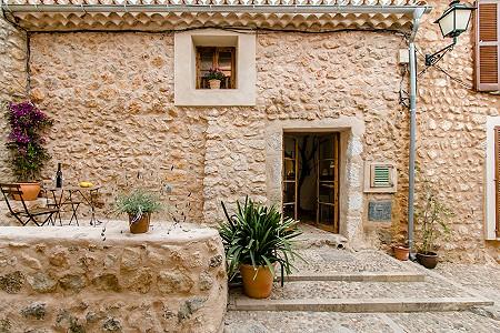 2 bedroom townhouse for sale, Alaro, Central Mallorca, Mallorca