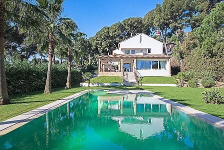 3 bedroom villa for sale, Cap d'Antibes, Antibes Juan les Pins, Cote d'Azur French Riviera