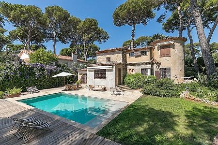 4 bedroom villa for sale, Cap D'antibes, Antibes Juan les Pins, Cote d'Azur French Riviera