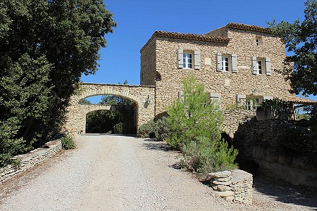 5 bedroom manor house for sale, Gordes, Vaucluse, Provence