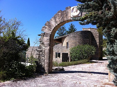 3 bedroom manor house for sale, Gordes, Vaucluse, Provence