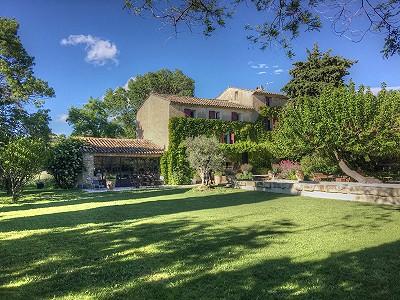 7 bedroom manor house for sale, La Barben, Vaucluse, Provence