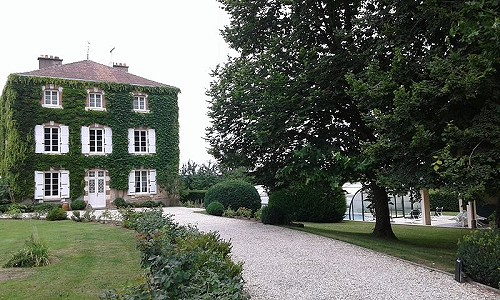 Maison de Maitre for Sale with 9 Bedrooms in the Limousin, France.