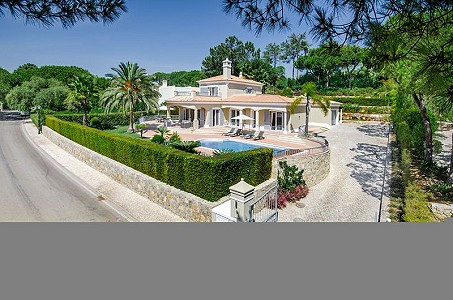 4 bedroom villa for sale, Pinheiros Altos, Faro, Algarve