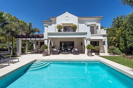 3 bedroom villa for sale, Benahavis, Malaga Costa del Sol, Andalucia