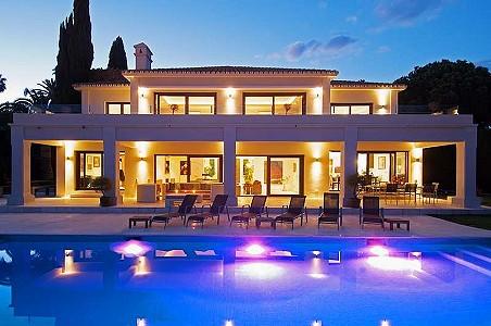 6 bedroom villa for sale, La Cerquilla, Nueva Andalucia, Malaga Costa del Sol, Andalucia