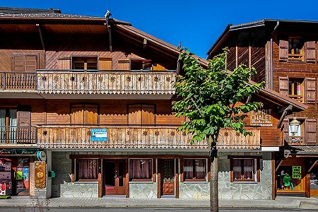 8 bedroom ski chalet for sale, Montriond, Haute-Savoie, Rhone-Alpes