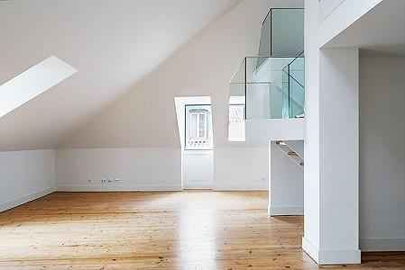 4 bedroom apartment for sale, Campo Martires da Patria, Lisbon