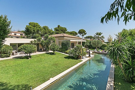 5 bedroom villa for sale, Cap D'antibes, Antibes Juan les Pins, Cote d'Azur French Riviera