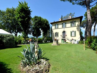 15 bedroom hotel for sale, Florence, Tuscany