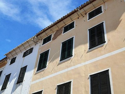 10 bedroom townhouse for sale, Mahon, Menorca