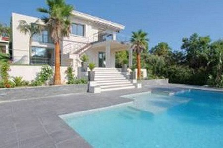 4 bedroom villa for sale, Super Cannes, Vallauris, Antibes Juan les Pins, Cote d'Azur French Riviera