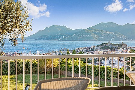 2 bedroom apartment for sale, Oxford, Cannes, Cote d'Azur French Riviera