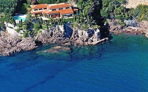 5 bedroom villa for sale, Theoule Sur Mer, Cannes, Cote d'Azur French Riviera