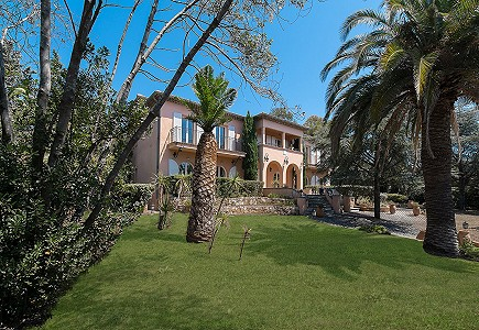 12 bedroom house for sale, Les Issambres, Sainte Maxime, Cote d'Azur French Riviera