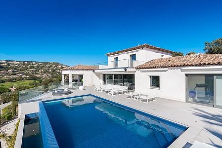 4 bedroom villa for sale, Sainte Maxime, Cote d'Azur French Riviera