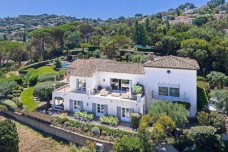 4 bedroom villa for sale, Gassin, St Tropez, Cote d'Azur French Riviera