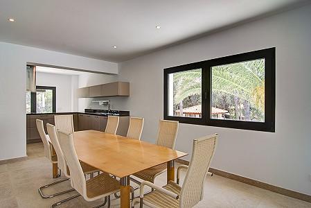 Image 8 | 5 bedroom villa for sale with 1,080m2 of land, Santa Ponsa, South Western Mallorca, Mallorca 203067