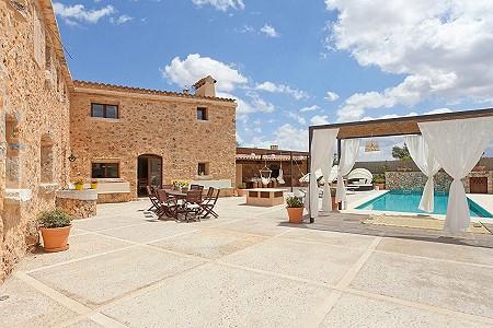 Image 3 | 5 bedroom villa for sale with 1,250m2 of land, Inca, Central Mallorca, Mallorca 203071